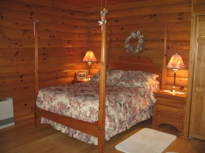 Photo for Beautiful log sided guest room on Owasco lake with private entrance and parking.