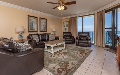 Photo for 11th Floor 3BR @ Phoenix X - Click for FREE Night Savings!