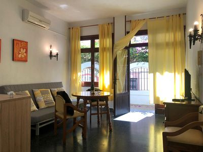 Photo for Cozy Torremolinos apartment in Torremolinos with air conditioning & private terrace.