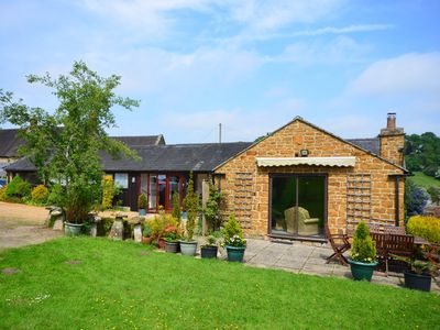 Photo for 3 bedroom Barn in Shipston-on-Stour - 41856