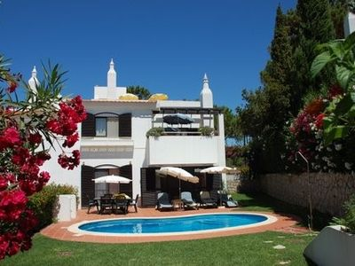 Photo for 3-bedroom Villa in Algarve with Pool-close to Beach, Golf, Tennis & Watersports