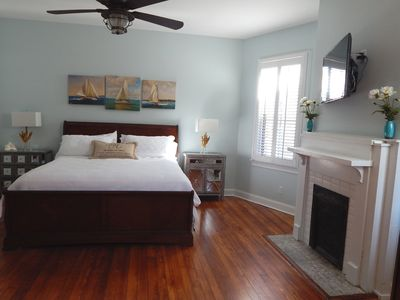 Photo for Awesome 3 BR 2Bath Thomas Square 1890 Home Trendy Bull St