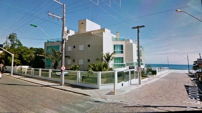 Photo for Building to SEASIDE, High Standard. Complete. Sleeps 8. 3 Cars. Pool