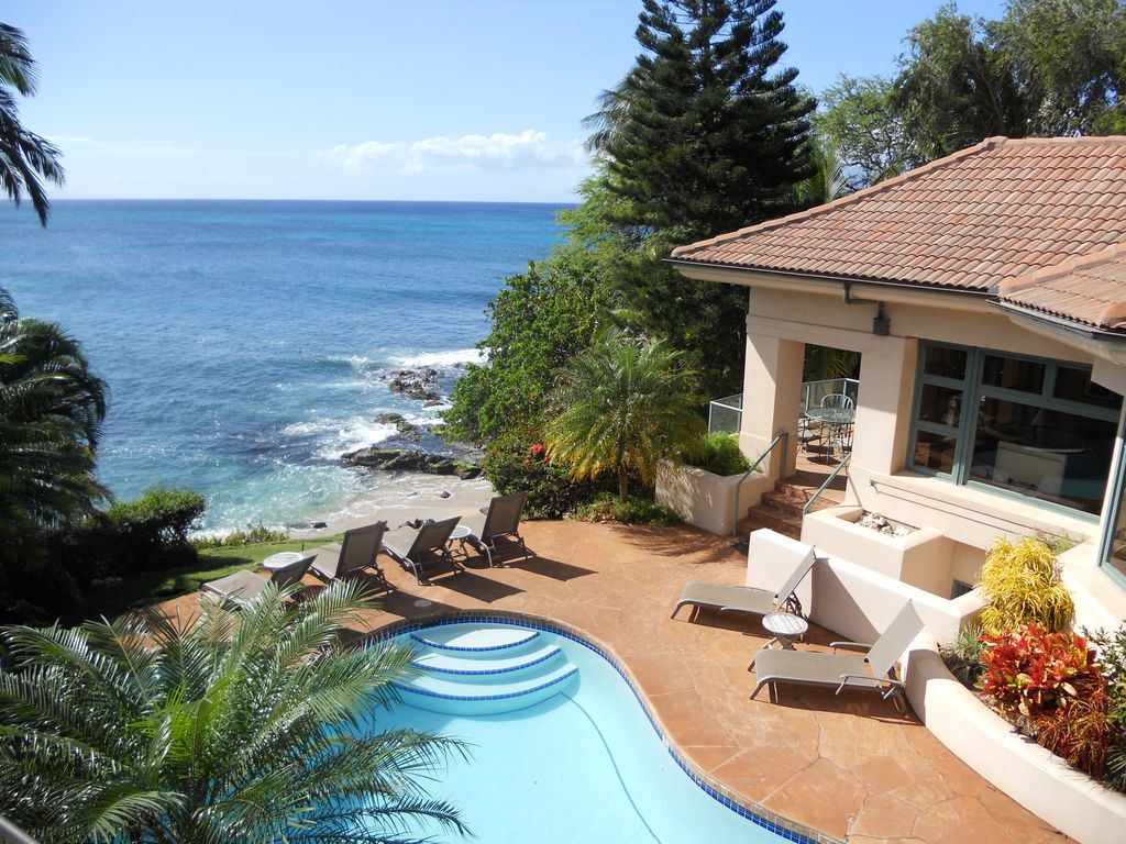 Stunning Beachfront Estate With Pool And Spa
