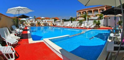 Photo for Pretty Apartment 6 pers. with HEATED POOL & TENNIS at 250m from the BEACH (103)
