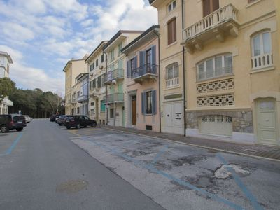 Photo for Apartment Lungomare in Viareggio - 5 persons, 2 bedrooms