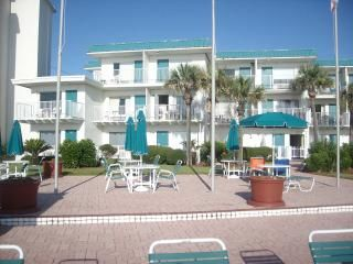 Photo for 1BR Studio Vacation Rental in Daytona Beach, Florida