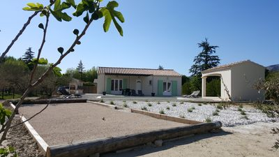 Photo for New house at the foot of Mont Ventoux with private pool in Provence, Bédoin