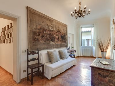 Photo for casaRIMA, elegant and bright apartment, Florence historical center