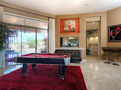 Pool Table, Outside Grill, Pool And Spa, Built In Aquarium, Mtn. U0026 City  Lights