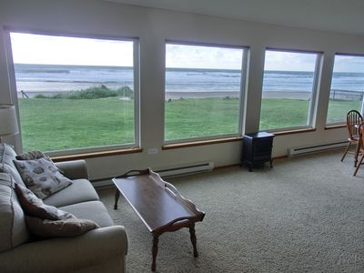 Photo for Beachfront Family Friendly 1 Story 3 Bedroom on the beach at Roads End, OR