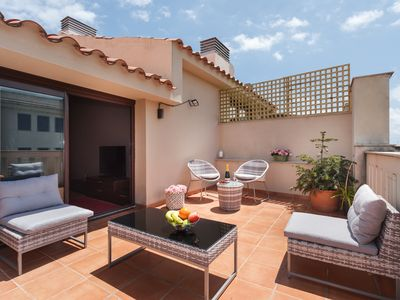 Photo for 25km Barcelona · Duplex with 2 terraces and close to the beach