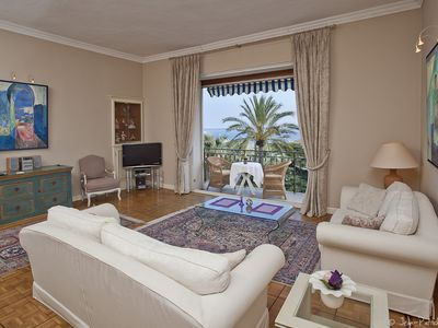 Photo for Apartment **** Palm trees and Sea, 3 bedrooms, 2 bathrooms View postcard