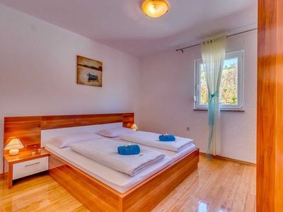 Photo for Apartment with shower and sea view 2 bedrooms - Vila Oleander