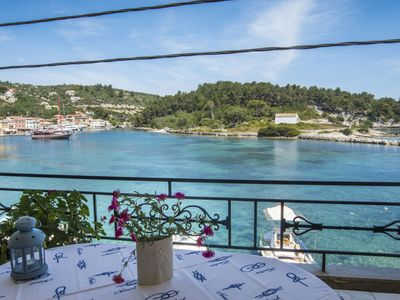 Photo for Villa Gaia: on Gaios port, right on the sea