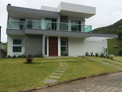 Photo for Casa Nova Alto Padrão - 3 bedrooms - 300m from the sea in a condominium in Garopaba / SC