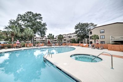 Live it up at this Myrtle Beach condo with numerous resort amenities!