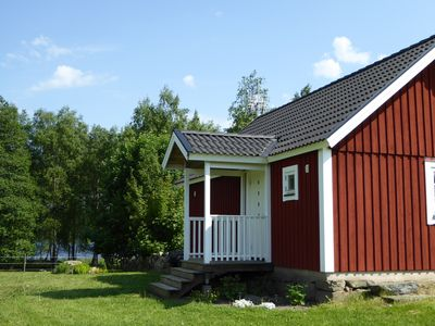Photo for Modern newly built cottage 100m from lake Frösjön in Urshult (Småland)