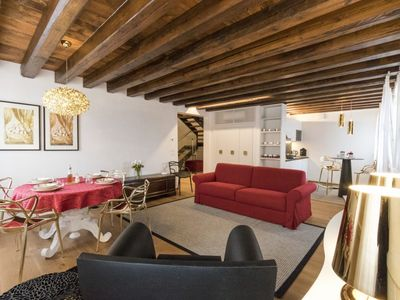 Photo for Palazzo Monigo offers a comfortable and elegant newly renovated apartment.