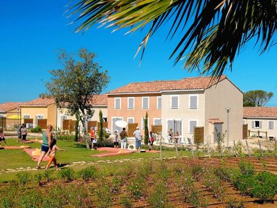 Photo for Well-kept holiday home between Nimes and Montpellier