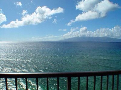 Photo for Maui Kai 904 Oceanfront 1/1 bath with Beautiful Panoramic Ocean View