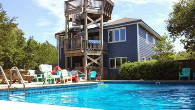 Photo for A real swimming pool! 40 x 24 x 16 / 3.5' to 8' deep. 3000 sf home, 5 decks