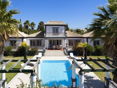 Photo for Romantic villa on large grounds with private pool located at 2000m from beach