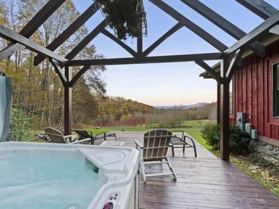Photo for D'Coys Nest- Secluded home on 4 acres, beautiful views, hot tub, fire pit.