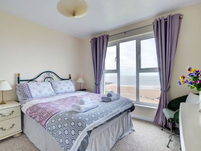 Photo for Apartment Flat 11 Clifton Court in Barnstaple and Braunton - 6 persons, 3 bedrooms