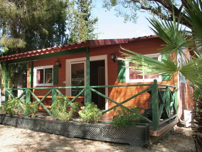 Photo for Chalet with air conditioning on beautiful park with large swimming pool, 3 km. from the beach