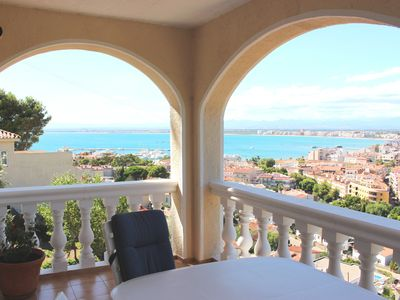 Photo for Holiday House with sea view - 800 m from the beach and the center of Roses