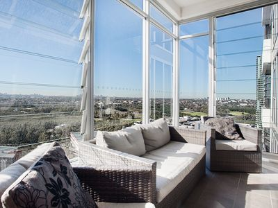 Photo for Australia Towers, 1 Bed Spacious and Bright Apartment, Fantastic Views