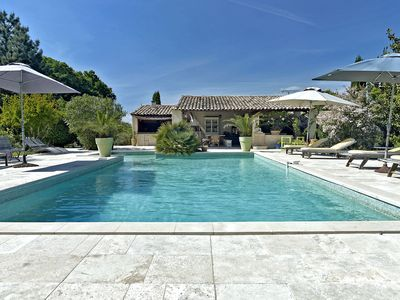 Photo for Superb Villa 300 m2 Heart Luberon, Large Heated Pool, Pool-House, for 12