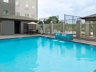 Photo for Outdoor Pool. Free Breakfast. Gym. Great for Business Travel!
