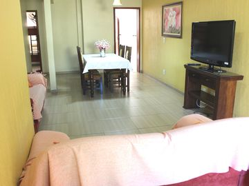 SUPER DISCOUNT INDEPENDENT HOUSE 5 MINUTES FROM FORT BEACH AND 100 MT SHOPPING