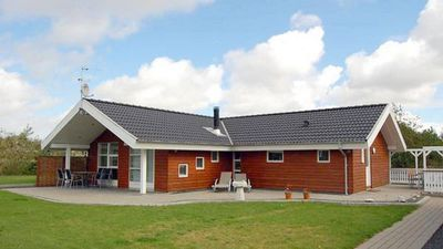 Photo for Attractive, modern holiday home in a great location in Hemmet on Ringkøbing Fjord
