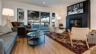 Photo for 3 Bedroom condo, Complete remodel, Private Hottub