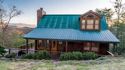 Photo for 3 Bedroom Mountain Top Pet Friendly cabin with breathtaking views.