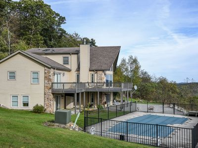 Photo for Amazing long-range mountain views & a private outdoor pool!