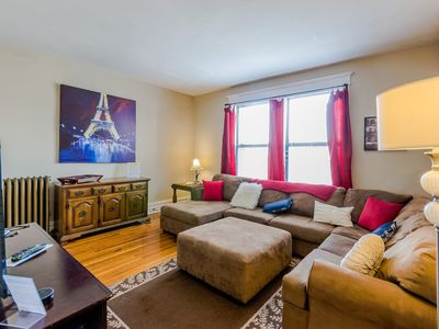 Photo for Spacious 2BR 1BA by Forest Park, Washington University & The Delmar Loop!