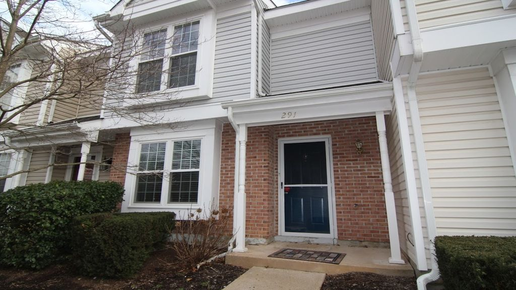 Family townhouse, great location, newly renovated kitchen near Dulles Airport