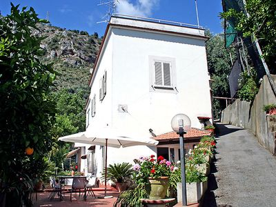 Photo for Vacation home Azienda Agricola Barone  in Sorrento, Naples & Sorrentino Peninsula - 8 persons, 4 bedrooms