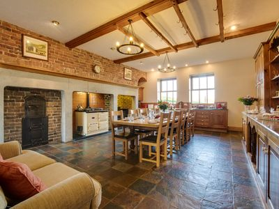 Photo for This beautiful traditional property is the perfect blend of cosy and luxurious. With exposed brickwo