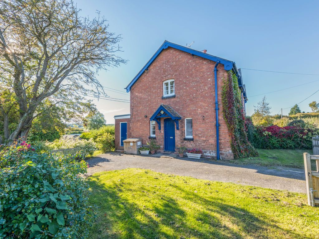 Eudon burnell cottage pet friendly in brid homeaway - Pet friendly cottages with swimming pool ...