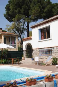 Photo for Private villa with pool Toulon