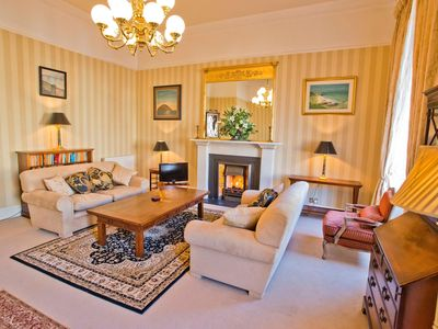 Photo for Beautiful 2-bedroomed 1800s apartment in fabulous central Edinburgh - sleeps 4