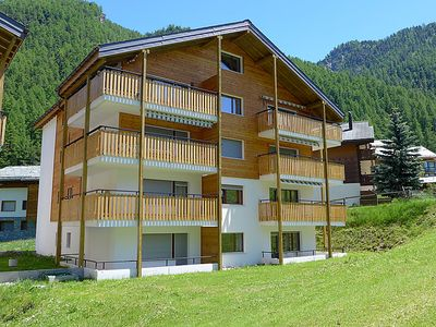 Photo for Apartment Richemont in Zermatt - 4 persons, 1 bedrooms