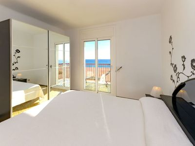 Photo for Apartment Canet Beach in Canet de Mar - 5 persons, 3 bedrooms
