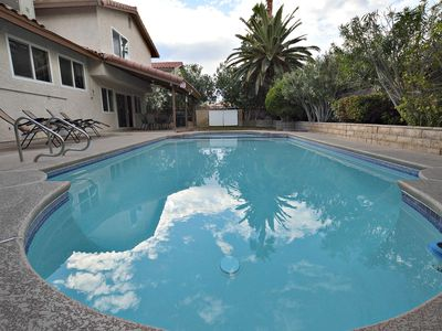 Photo for Close to the Strip! Private Pool, Spa, Pool Table, Poker Table, Wifi! NV5402