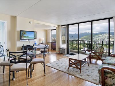 Photo for Darmic Waikiki Banyan: Deluxe - Mountain View  |  24th  floor  |  1 bdrm  | FREE wifi and parking  | AC | Quality amenities | Only 5 mins walk to the beach!